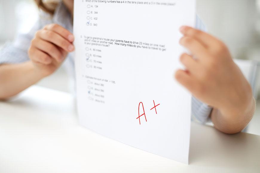 Estudar nos EUA – devo escolher escola pública ou privada para o meu filho?
