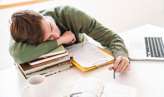 Como cuidar da autoestima do seu filho em idade escolar